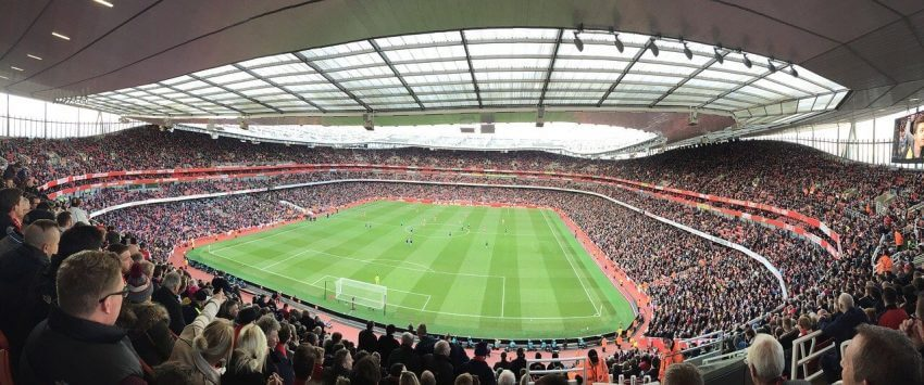 Emirates Stadium i London. Arsenal mot Liverpool!
